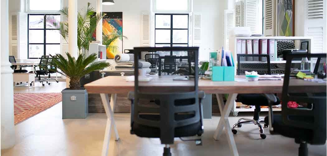 decorate your office with mirrors